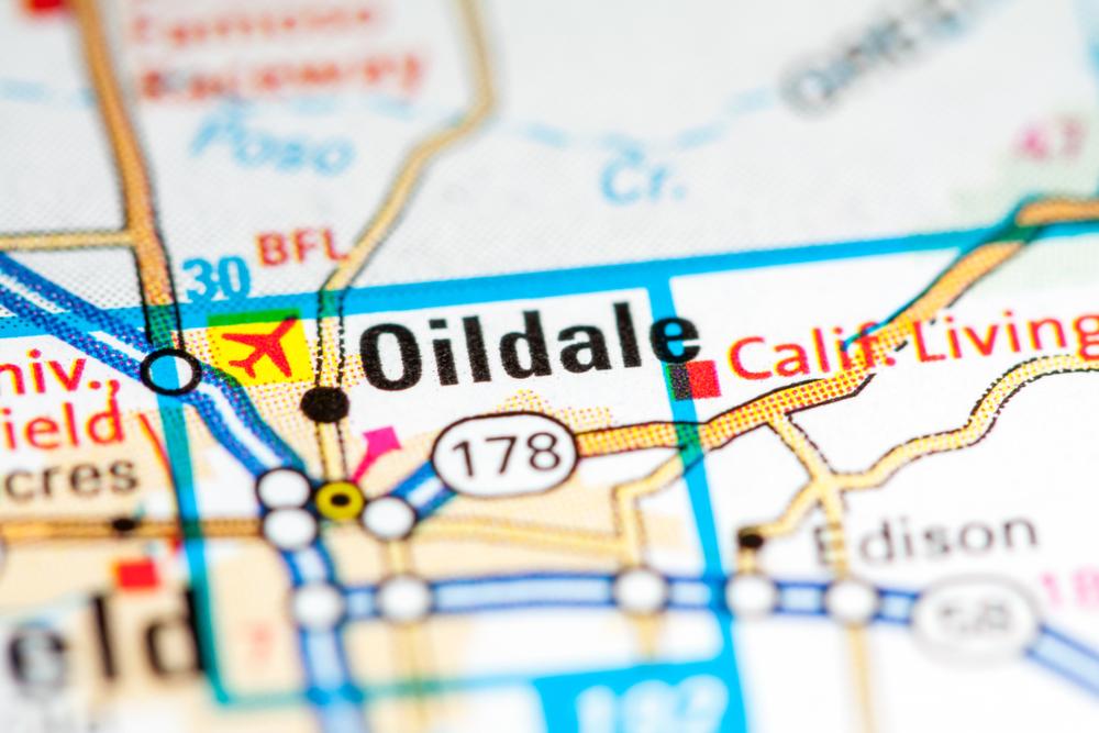 Oildale, CA linen and uniform service